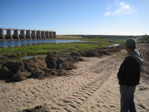 Juan Butrón at Morelos Dam, Nov 2014 (Rick Bowman).